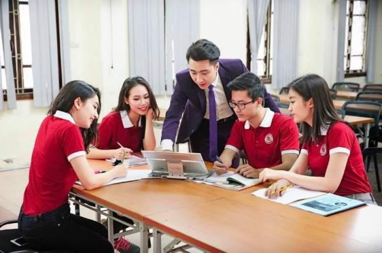 Kết quả hình ảnh cho sinh viên học bài